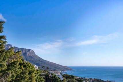 Camps Bay Self Catering – Bay Reflections Penthouse Apartment