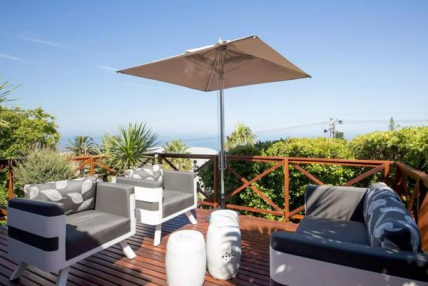 Camps Bay Self Catering – Sea View Retreat
