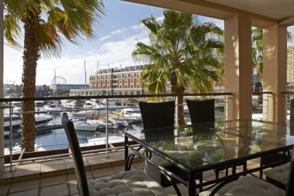 Waterfront Self Catering – 103 Paregon