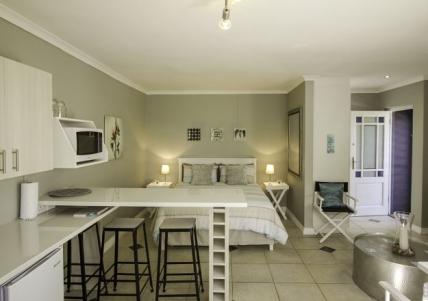Bloubergstrand Self Catering – Petit Paradise Holiday Apartment