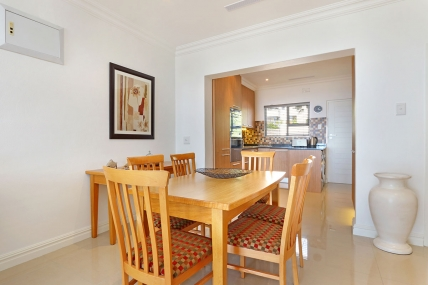 Cape Town Self Catering Accommodation - Oceans 10
