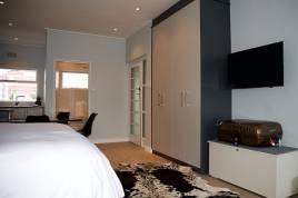 Holiday Apartments - Oranjehof Studios Apartment C7