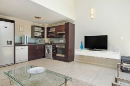 Holiday Apartments - The Breakers G18