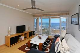 Sea Point Accommodation - 502 Westridge