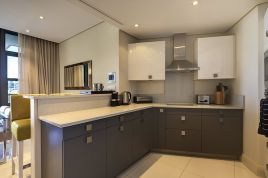 V&A Waterfront Accommodation - Lawhill Luxury Apartments