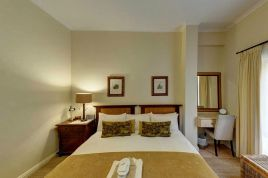 Holiday Apartments - Riversong Guest House