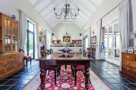 Constantia Accommodation - Dressage Villa