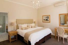 Book Now - Camps Bay Retreat