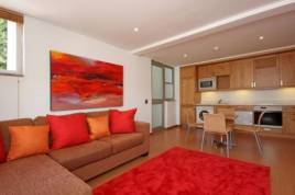 Holiday Apartments - Strathmore House