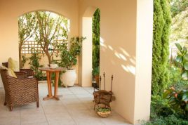 Holiday Apartments - Petit Plaisir Cottage