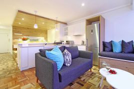 Holiday Apartments - Paulas Sea Facing Studio