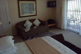 Holiday Apartments - Seacliffe Lodge B & B