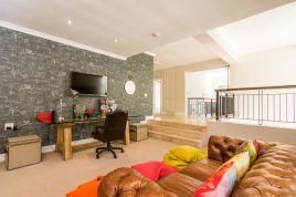 Holiday Apartments - Stonewoods