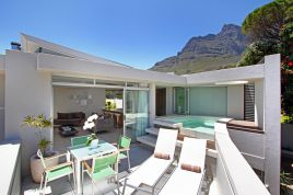 Holiday Apartments - Lions View - 2 Bedroom Penthouse