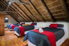 Holiday Apartments - EngelZand Luxury River Chalet