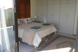 Holiday Apartments - Khayanoster