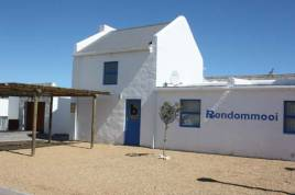 Paternoster Accommodation - Rondommooi