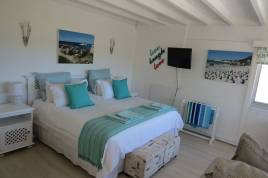 Simons Town Accommodation -  - Penguins View Guesthouse Apartments