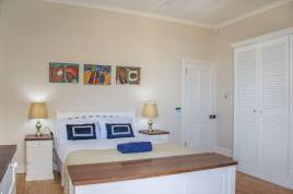 Holiday Apartments - The Bay House