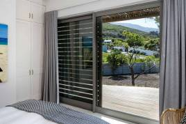Noordhoek Accommodation - Willow Beach House