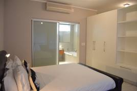 Holiday Apartments - Harbour Bridge Studio Apartment