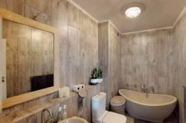 Holiday Apartments - Luxury Capri at Island Club