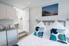 Holiday Apartments - Harbours End