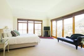 Book Now - Villa Camps Bay Views