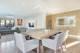 Blouberg Holiday Rentals - Disa Luxury Home