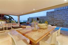 Holiday Apartments - Clifton Cove