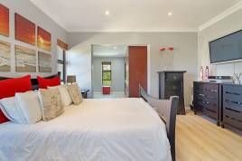 Blouberg Holiday Rentals - Aster Lane Holiday Home