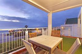 Blouberg Holiday Rentals - Mont Bleu Beach Apartment