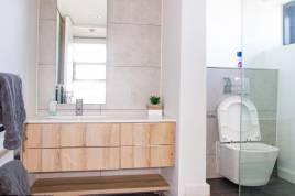 Holiday Apartments - Matrix 1 Bedroom Apartment