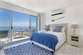 Holiday Apartments - Indigo Bay - The Penguin