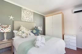 Holiday Apartments - Indigo Bay - The Villa