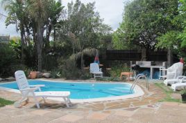 Somerset West Self Catering - 40 Winks - Squirrel Cottage