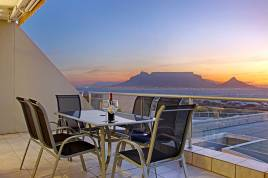 Blouberg Holiday Rentals - H107 Dolphin Beach