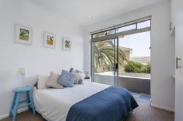 Blouberg Holiday Rentals - 60 Bay Beach