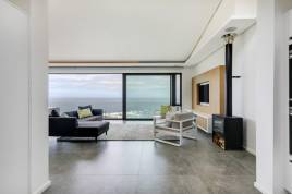 Holiday Apartments - Skyline Views