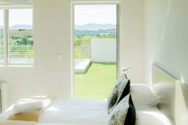 Garden Route Accommodation - Erica House