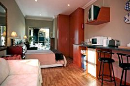 Somerset West Self Catering - SS - Bachelor Apartment