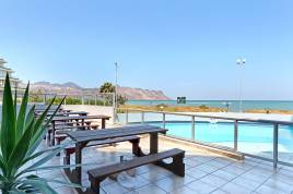 Holiday Apartments - Ocean Breeze 212