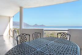 Blouberg Holiday Rentals - Leisure Bay 214
