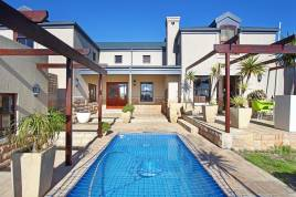Blouberg Holiday Rentals - Nautilus Circle