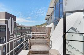 Sea Point Accommodation - Wolroy House 506
