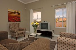 Somerset West Self Catering - SS - 2 Bedroom Apartment