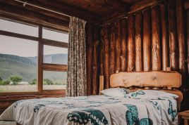 Overberg Accommodation - A Log Home at Buffalo Creek