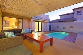 Holiday Apartments - Santa Fe Beach House