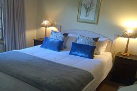 Holiday Apartments - HKP - Weeping Willow