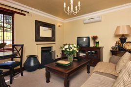 Holiday Apartments - HKP - Mountain Rose